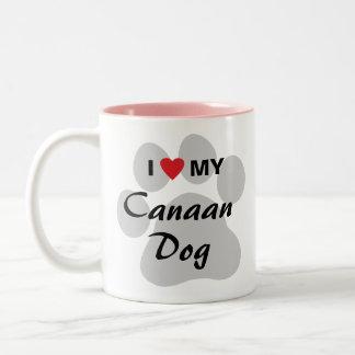 私は(ハート) Canaan私の犬を愛します ツートーンマグカップ