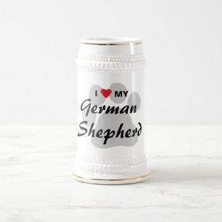 私は(ハート) Pawprint私のジャーマン・シェパードを愛します ビールジョッキ