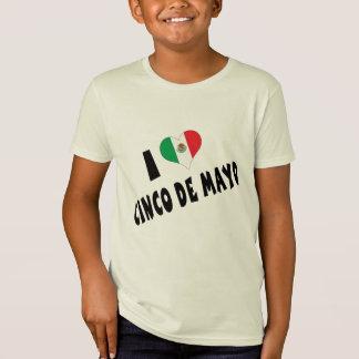 私はCinco deメーヨーの子供を愛します Tシャツ