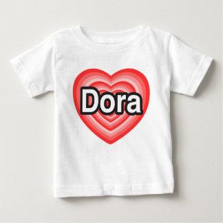 私はDoraを愛します。 私はDora愛します。 ハート ベビーTシャツ