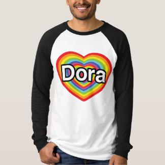 私はDoraを愛します: 虹のハート Tシャツ