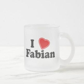 私はFabian愛します フロストグラスマグカップ