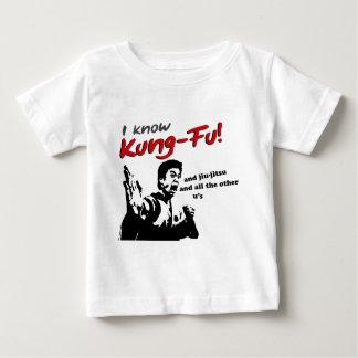 私はKung Fu、jiu-jitsuおよび他のすべてのu'sを知っています ベビーTシャツ
