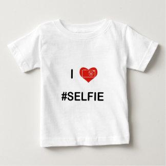 私はSelfie V2を愛します ベビーTシャツ