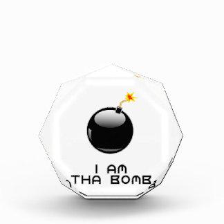 私はthaの爆弾です 表彰盾