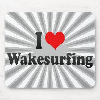 私はWakesurfingを愛します マウスパッド