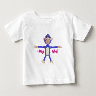 私をチンパンジー抱き締めて下さい ベビーTシャツ