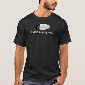 私立探偵(女性のために) Tシャツ