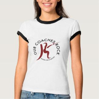 私達のコーチの石! Tシャツ