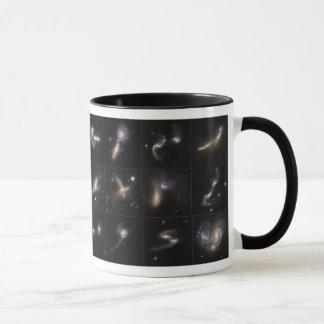 私達の宇宙: 銀河の超大作 マグカップ