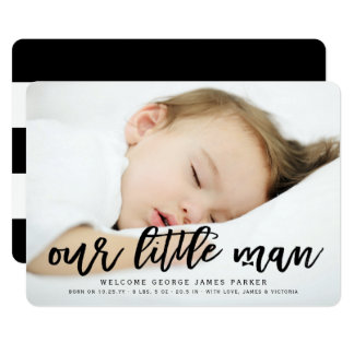 私達の小さい人の男の赤ちゃんの写真の誕生の発表 カード