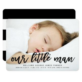 私達の小さい人の男の赤ちゃんの写真の誕生の発表 12.7 X 17.8 インビテーションカード