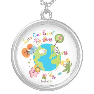 私達の惑星の地球のペンダントのネックレスを救って下さい ペンダント