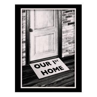 私達の最初家のドア・マットの写真 ポストカード