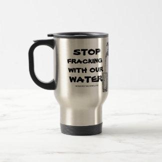 私達の水が付いている停止Fracking トラベルマグ