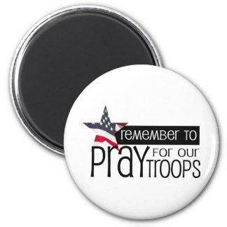 私達の軍隊のために祈ることを覚えて下さい マグネット