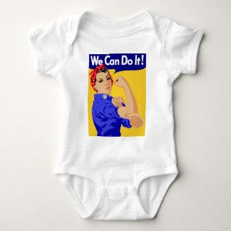 私達はそれをしてもいいです! RosieリベッターWWIIポスター ベビーボディスーツ