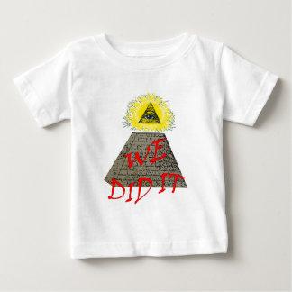 私達はそれをしました(illuminati) ベビーTシャツ