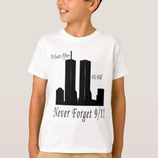 私達は決して9/11を忘れません Tシャツ