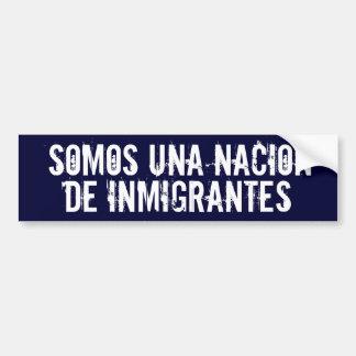 「私達は移民の国家」のバンパーステッカーです バンパーステッカー