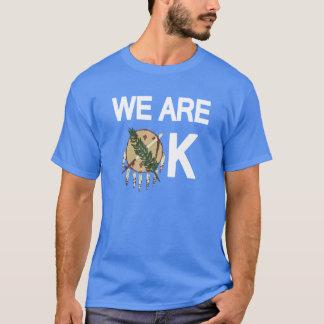 """""""私達は良い""""オクラホマのトルネードレリーフ、浮き彫りのTシャツです Tシャツ"""