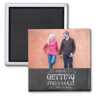私達は黒板の写真の磁石を結婚しています マグネット