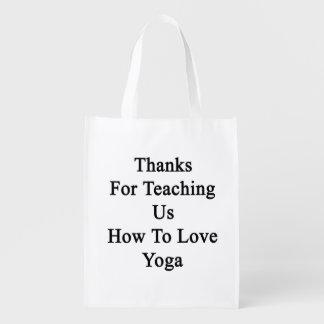 私達教えるをありがとうヨガを愛する方法を エコバッグ