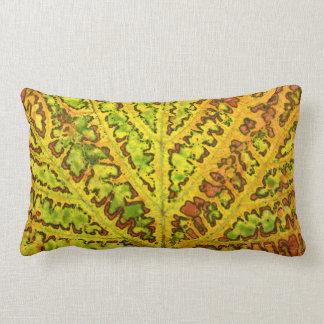 秋のつる植物の葉の質パターン植物の自然のorga ランバークッション