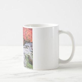 秋のツタカエデおよび地衣 コーヒーマグカップ