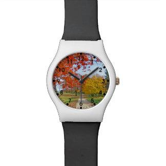 秋のファッション 腕時計