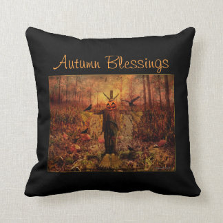 秋の恵みのかかしの装飾的な枕 クッション