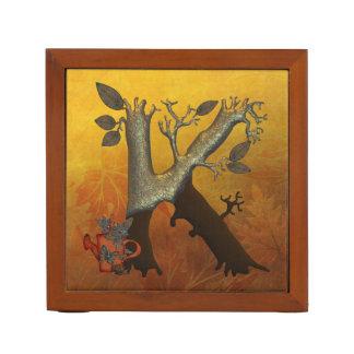 秋の木のモノグラムK ペンスタンド