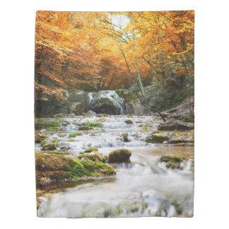 秋の森林滝(側面1)の対の羽毛布団カバー 掛け布団カバー