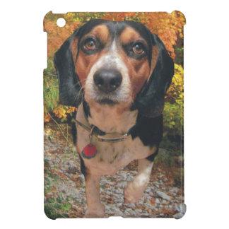 秋の狩りのビーグル犬 iPad MINIカバー