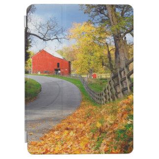 秋の納屋 iPad AIR カバー