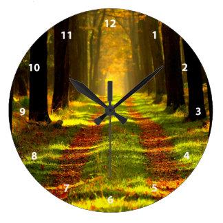 秋の美しい森林 ラージ壁時計