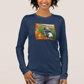 秋のKeeshond 5 長袖Tシャツ