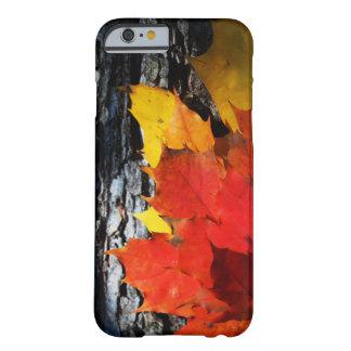 秋テーマの場合-かえでの葉 BARELY THERE iPhone 6 ケース