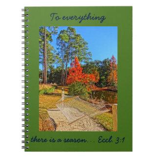 秋季の感動的な聖なる書物、経典の聖書の詩 ノートブック
