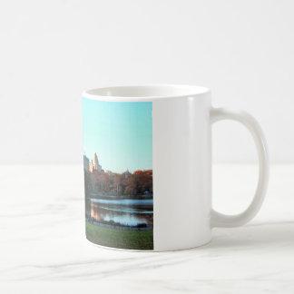 秋: central Park湖、San Remo コーヒーマグカップ