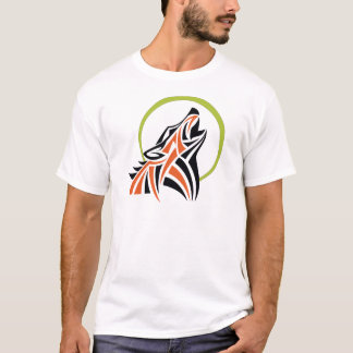 種族のオオカミの赤く黒い遠ぼえの月のTシャツ Tシャツ