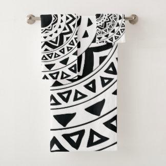 種族の円、白黒の曼荼羅 バスタオルセット