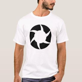 種族の太陽 Tシャツ