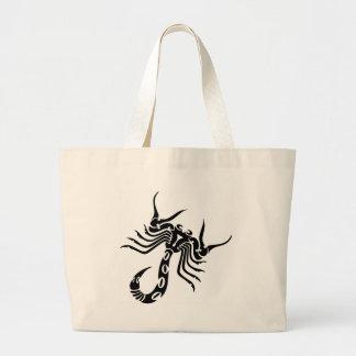 種族の蠍の入れ墨 ラージトートバッグ