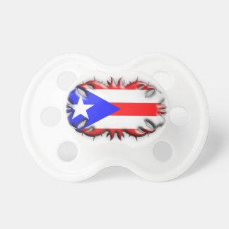 種族プエルトリコの旗- おしゃぶり