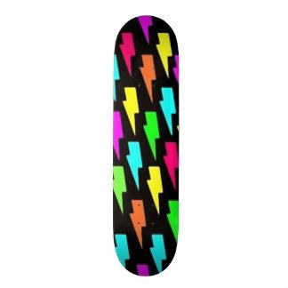稲妻 スケートボード