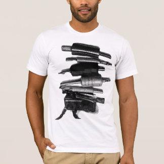 積み重ねの黒 Tシャツ