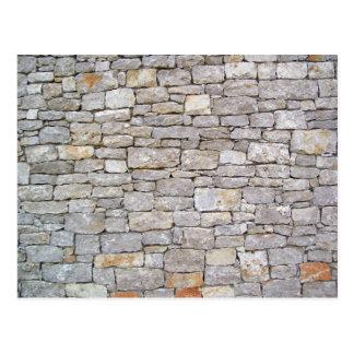積み重ねられた石の壁の郵便はがき ポストカード