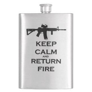 穏やかな及び帰りの火のフラスコを保って下さい フラスク