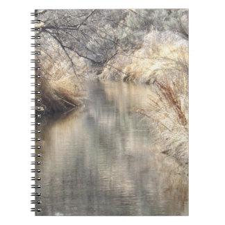 穏やかな設定のノート ノートブック